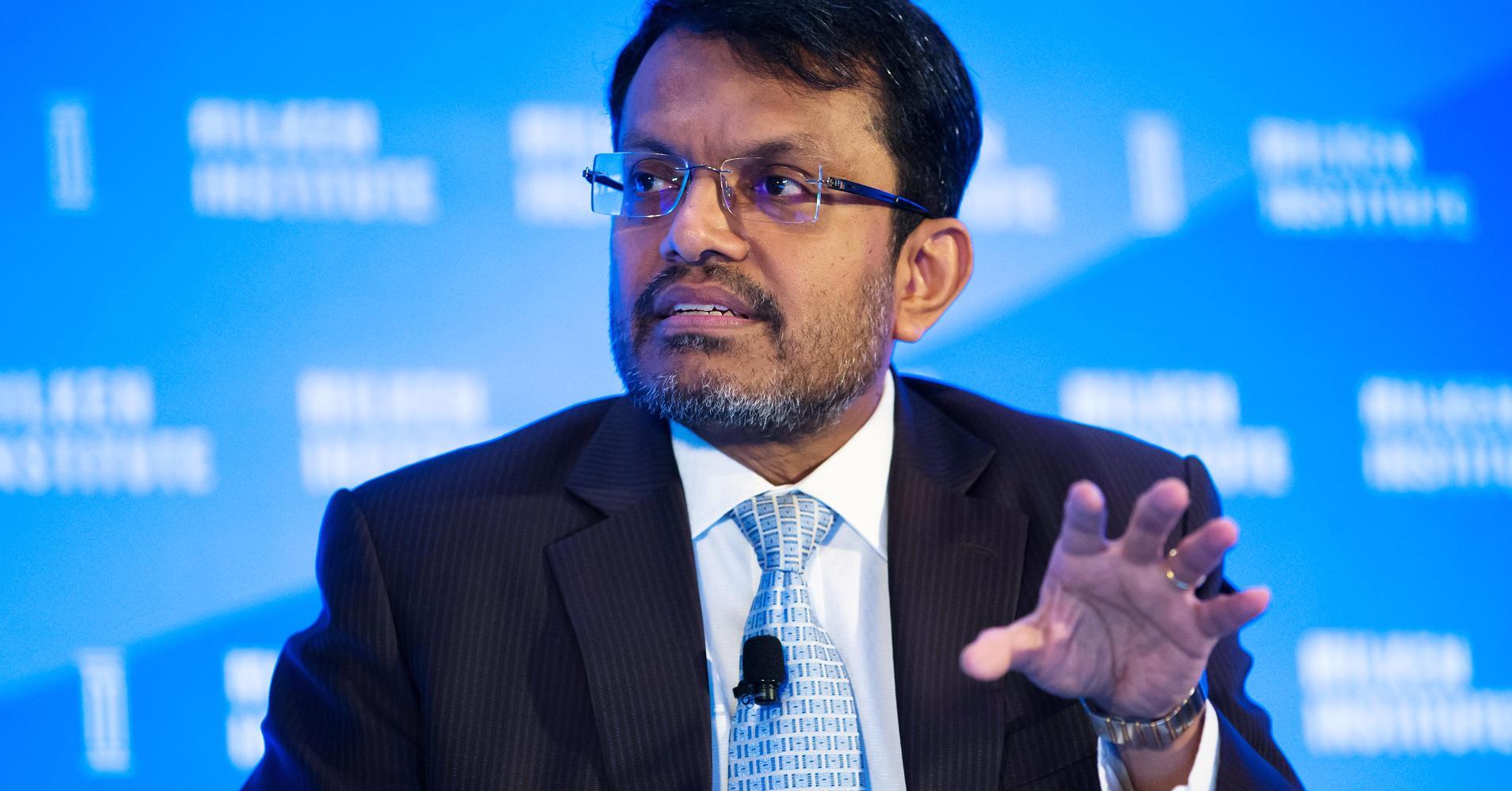 Глава центрального банка Сингапура надеется, что технология блокчейн переживет крах криптовалют