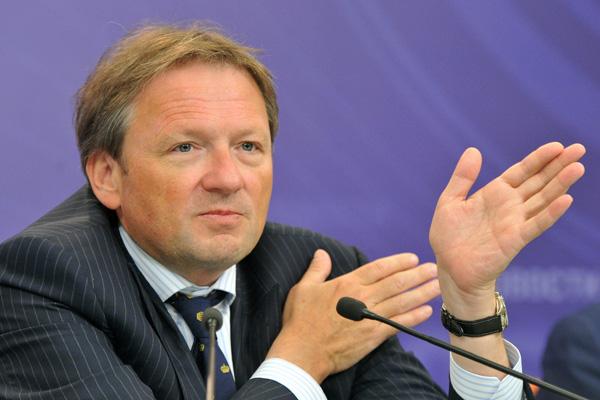 Бизнес-омбудсмен Борис Титов, который выдвинул свою кандидатуру на выборах президента РФ в 2018 году, заявил, что легализует биткойн в России, если победит