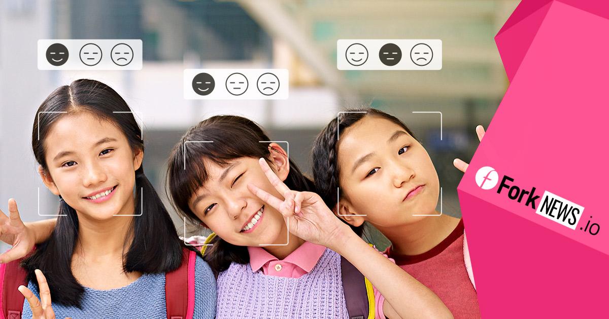 Система распознавания лиц следит за учениками китайской школы